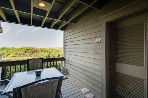 Pelican Watch 1389 Villa Photo