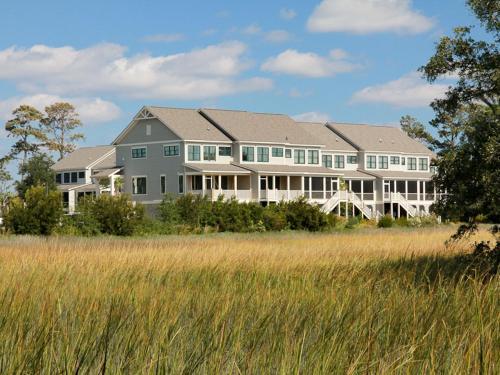 Salt Marsh 2016 Villa Photo