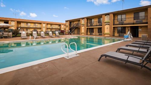 Best Western Roseville Inn Photo