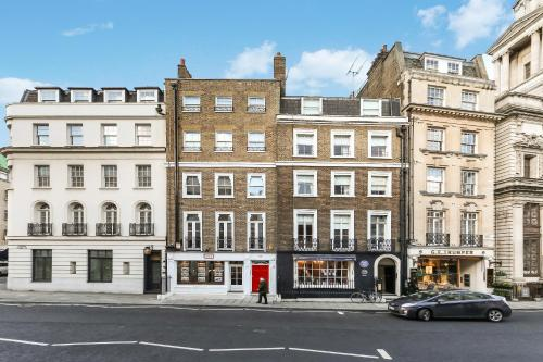 10 Curzon Street by Mansley a London