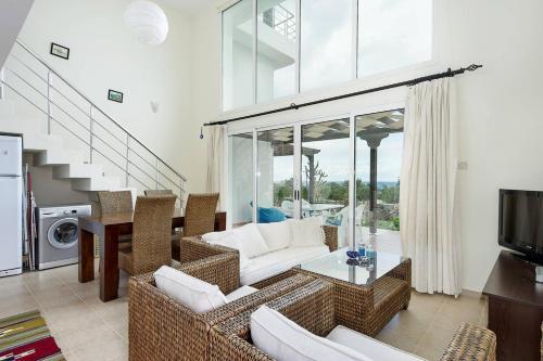 Joya Cyprus Silk Garden Apartment