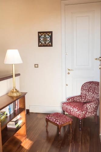 Deluxe Room with Terrace and Jacuzzi® Hotel Casa 1800 Sevilla 1