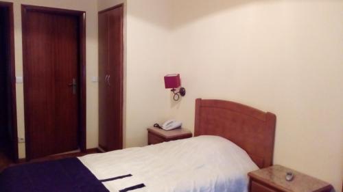 Hotel areosa oporto desde 45 rumbo for Muebles portugal valenca