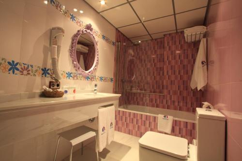 Habitación Doble - 1 o 2 camas - Uso individual Casa Baños de la Villa 12