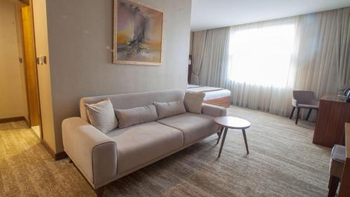 Turan Otel, Duzce