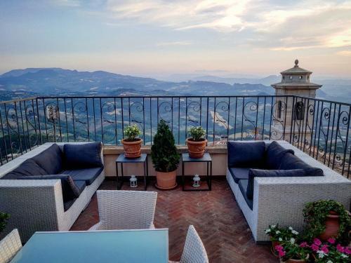 B&B San Marino Suite, City of San Marino, Republic of San Marino ...