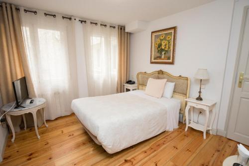Habitación Individual interior Hostal Central Palace Madrid 1