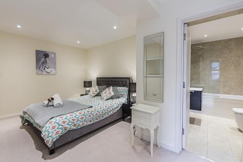 Fulham Broadway 2 Bedroom Apartment impression