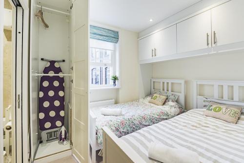 Fulham Broadway 2 Bedroom Apartment photo 7