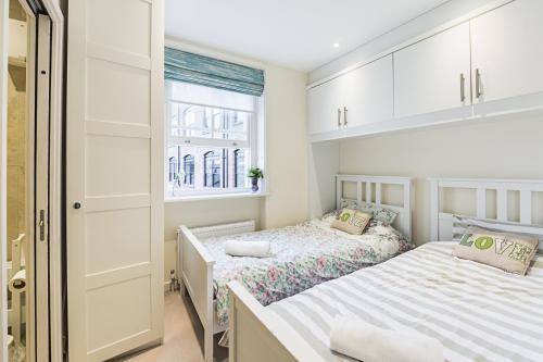 Fulham Broadway 2 Bedroom Apartment photo 8