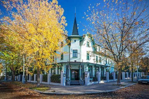 Villa Voyta Hotel & Restaurant