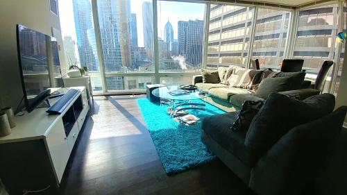Luxury 2b/1.5b In Magnificent Miles - Chicago, IL 60611