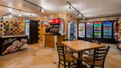Best Western Orlando Gateway Hotel photo 37