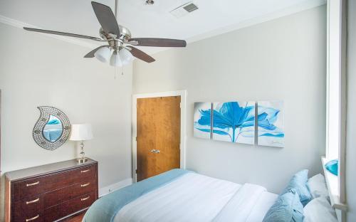 Bay Street Loft 203 - One Bedroom Condo - Savannah, GA 31401