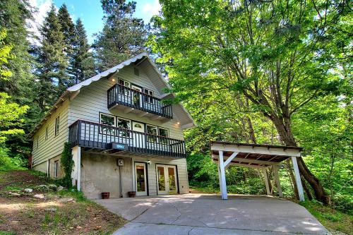 Ridge View Retreat - Three Bedroom Cabin