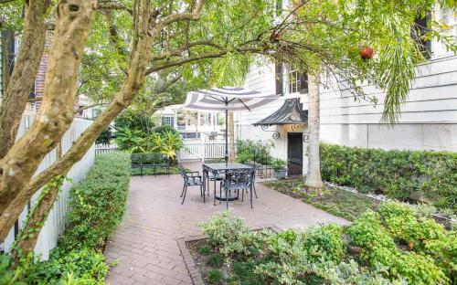 Saint Julian Garden Apartment - One Bedroom Condo - Savannah, GA 31401