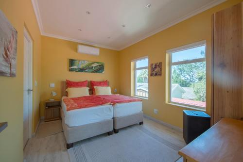 Constantia Cottages in Morningstar Photo