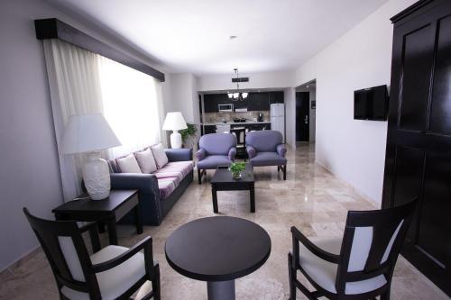 Hotel Casa Maya Photo