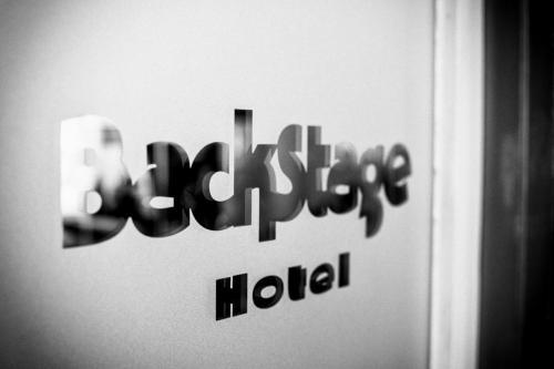 BackStage Hotel