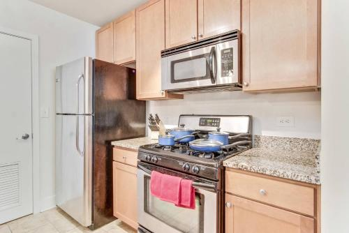 Two Bedroom Auburn - Atlanta, GA 30303