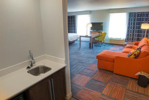 Hampton Inn & Suites Bay City in Bay City