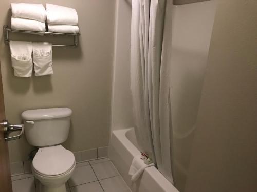 Baymont Inn & Suites Rawlins Photo
