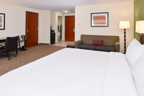 Holiday Inn Poplar Bluff Photo