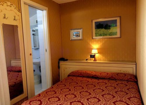 Hotel Mignon photo 25