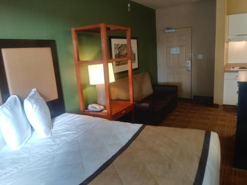 Extended Stay America - Orlando - Southpark - Commodity Circle photo 20