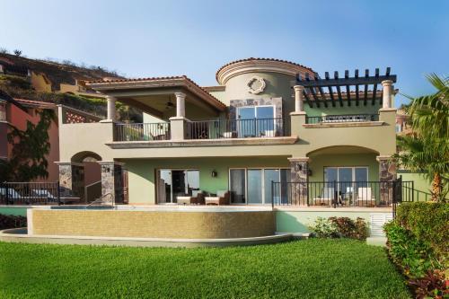 Foto de Montecristo Villas at Quivira Los Cabos -Vacation Rentals