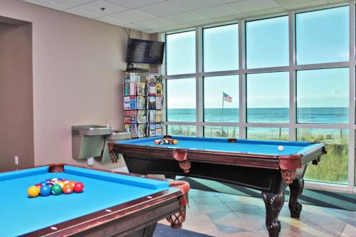Crystal Shores West 207 Photo