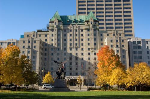 Lord Elgin Hotel - Ottawa, ON K1P 5K8