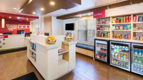 TownePlace Suites by Marriott Atlanta Kennesaw Photo