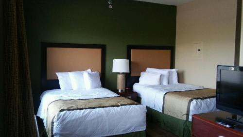 Extended Stay America - Indianapolis - Airport - W. Southern Ave. photo 3