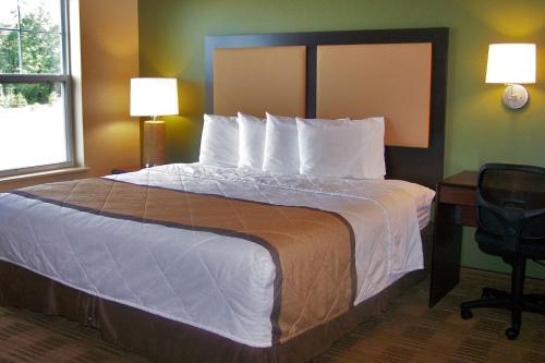 Extended Stay America - Indianapolis - Airport - W. Southern Ave. photo 7
