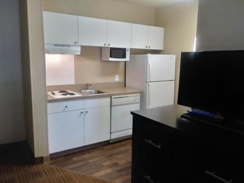Extended Stay America - Indianapolis - Airport - W. Southern Ave. photo 9