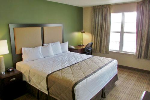 Extended Stay America - Indianapolis - Northwest - I-465 photo 6