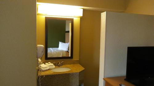 Extended Stay America - Las Vegas - East Flamingo Photo