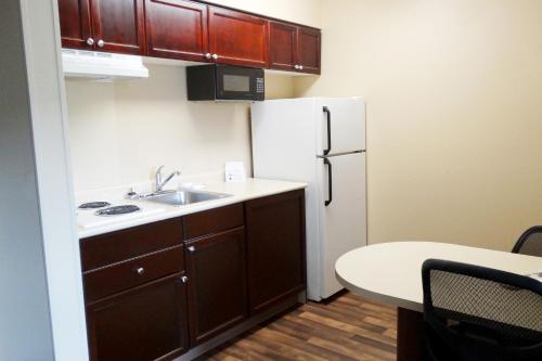 Extended Stay America -houston-med Ctr-nrg Pk-braeswood Blvd - Houston, TX 77030