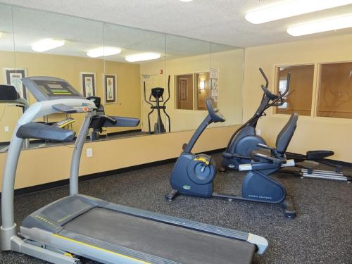 Extended Stay America - Raleigh - RTP - 4919 Miami Blvd Photo