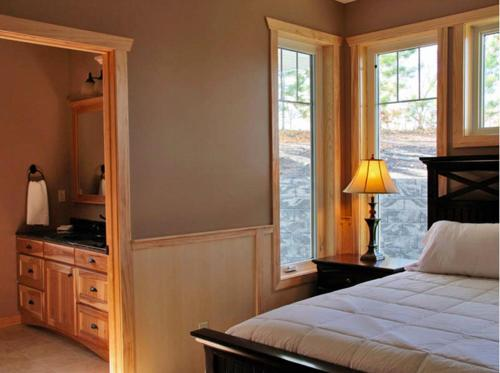 Bluewater Lodge Jacuzzi Suite 1a - Walker, MN 56484