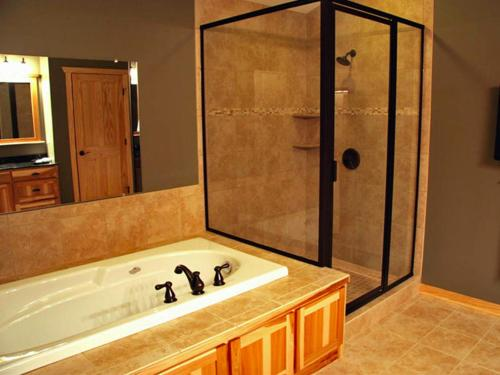 Bluewater Lodge Jacuzzi Suite 1b - Walker, MN 56484