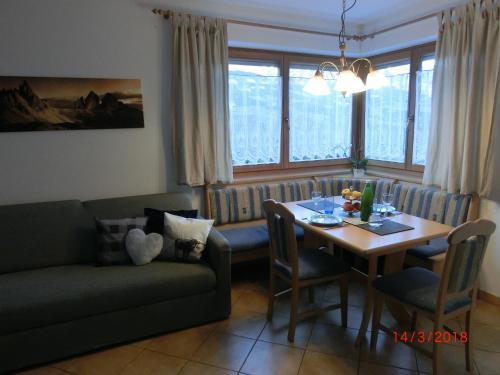 Apartamentos blaseggerhof bressanone desde 77 rumbo for Aparthotel bressanone
