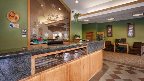 Best Western Pacific Highway Inn Photo