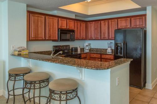 Crystal Shores West By Wyndham Vacation Rentals - Gulf Shores, AL 36542