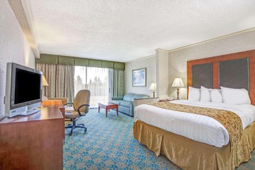 Baymont Inn And Suites Bremerton