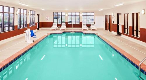 Baymont Inn & Suites St. Joseph - Stevensville Photo