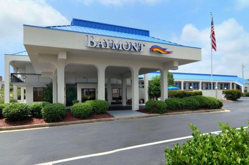 Hotel Baymont by Wyndham Macon I-75