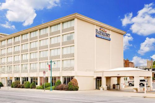Baymont Inn & Suites Keokuk Photo