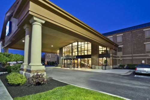 Baymont Inn and Suites - Knoxville/Cedar Bluff Photo